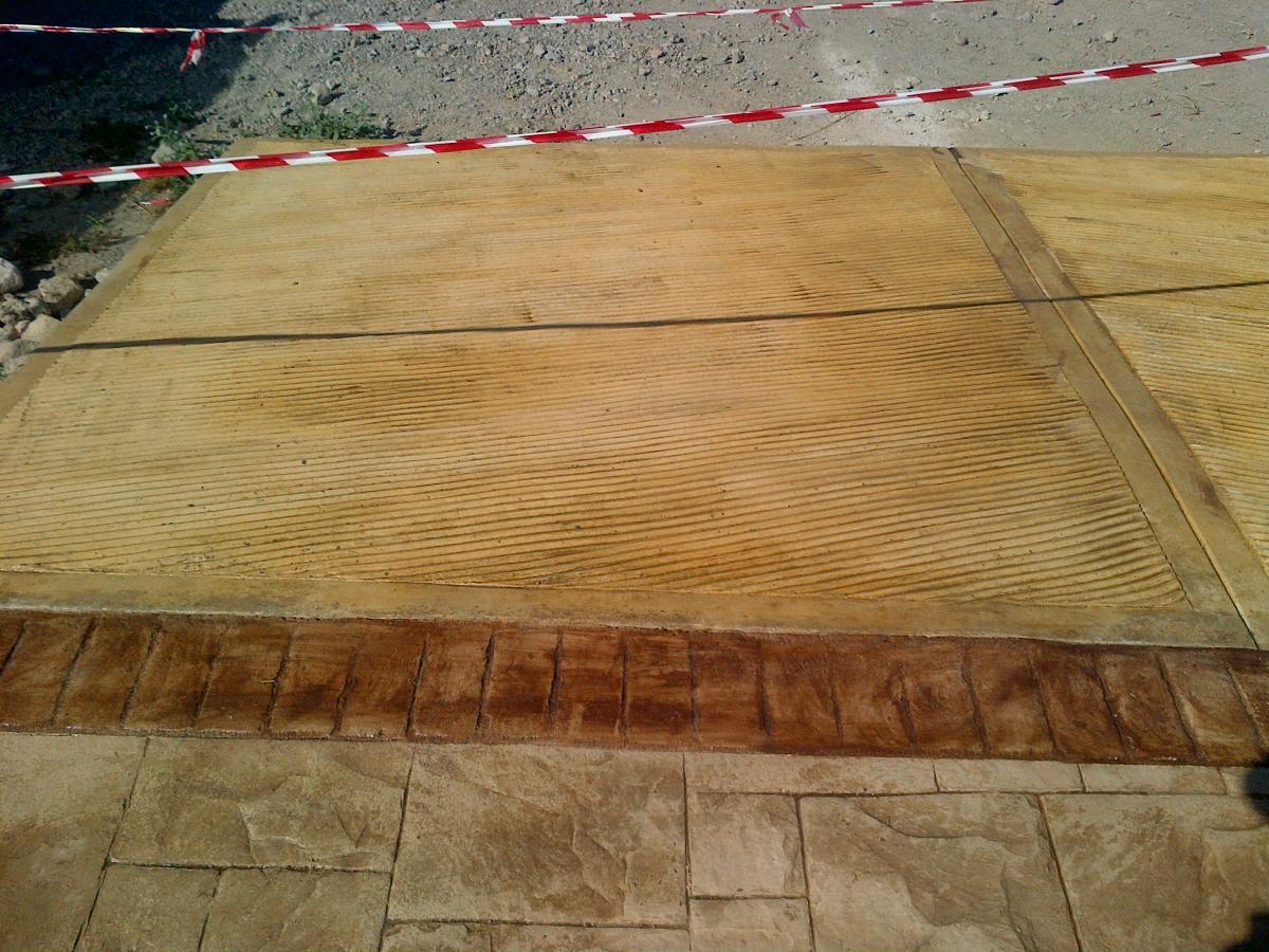 Galleria rampe sardegna pavimenti - Piastrelle finto porfido ...